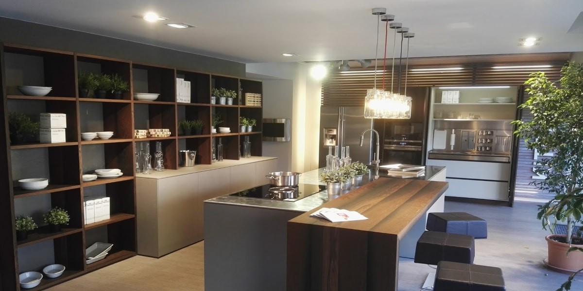 Formarredo due showroom cucine e arredamenti lissone for Arredamenti brianza outlet